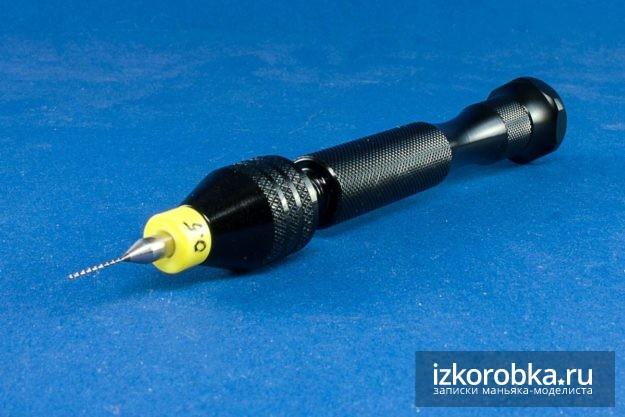 Ручная мини дрель с кулачковым патроном и сверло 0.5 мм