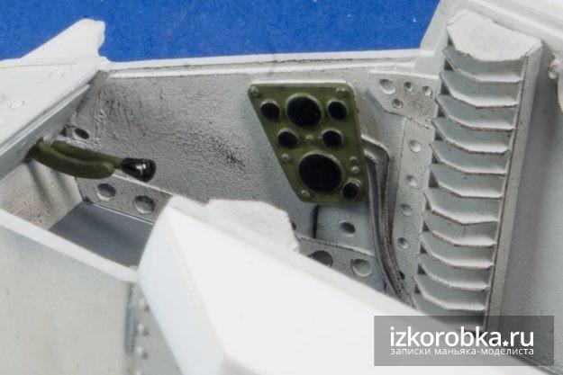 Окраска приборной панели модели танка Т-18 МС-1