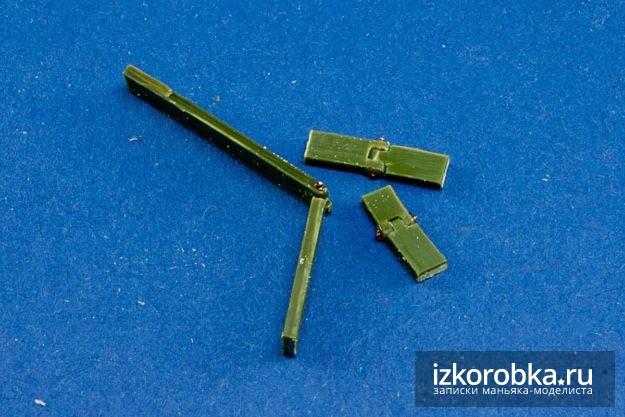 Танк Т-18 МС-1. Заготовки для петель люка мехвода
