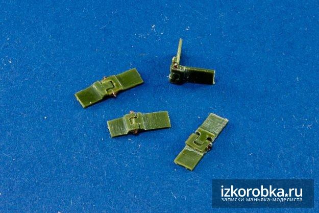 Танк Т-18 МС-1. Рабочие петли для створки люка мехвода
