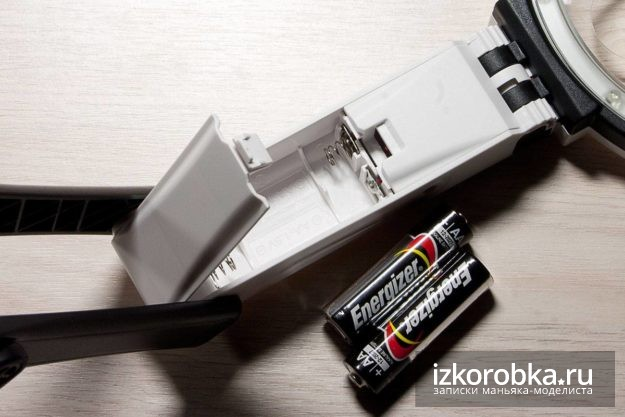 Гнездо для двух батареек формата АА