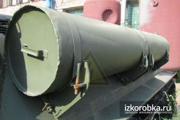 Крепление баков СУ-100