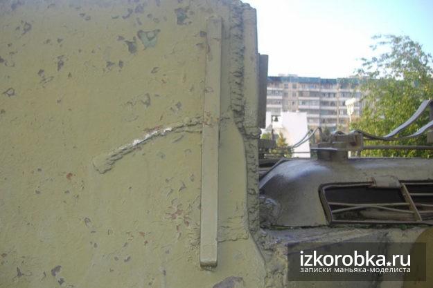 Ранний стык боковой и задней стенки рубки СУ-100 Белгород