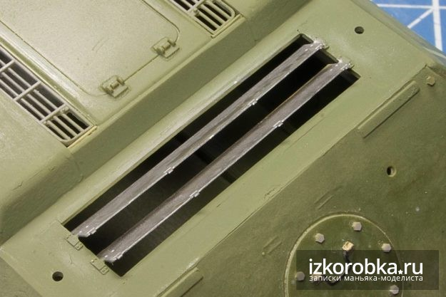 СУ-100. Жалюзи двигательного отсека
