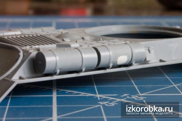 Шпаклевка утяжин на баках. Модель танка ИС-2