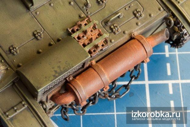 Окраска танка Т-26. Глушитель и запасные траки