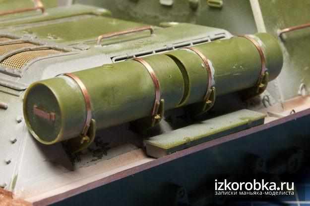 СУ-100. Топливные баки